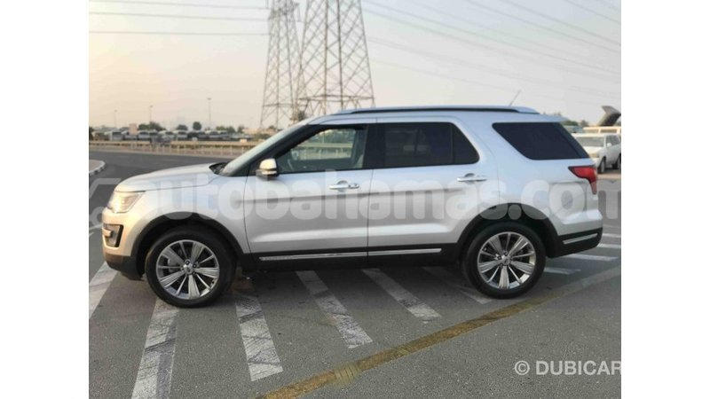Big with watermark ford explorer abaco import dubai 1329